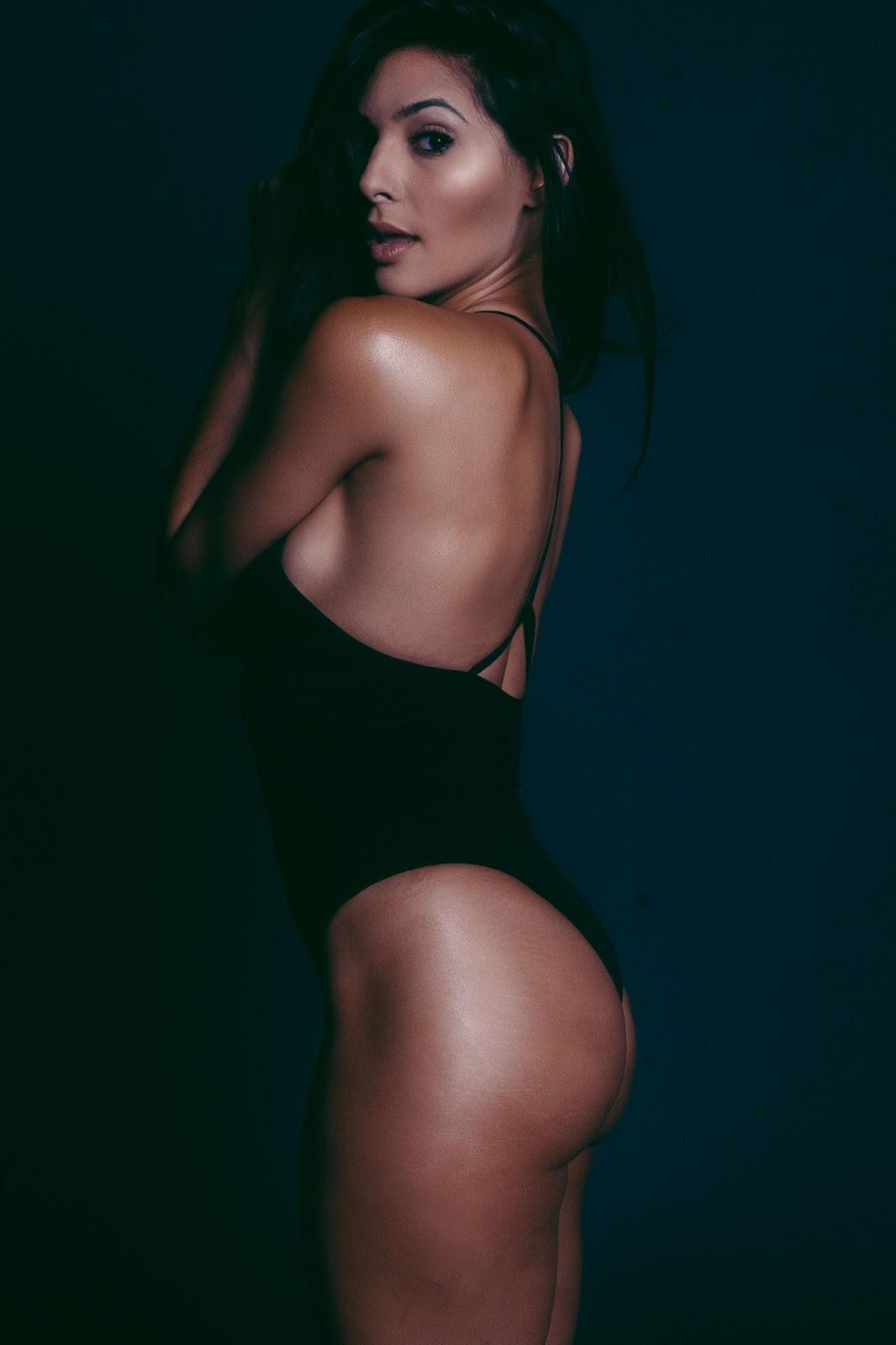 sexy hot model camila banus