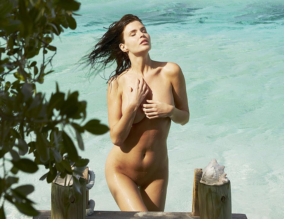 Julia Lescova nude on beach