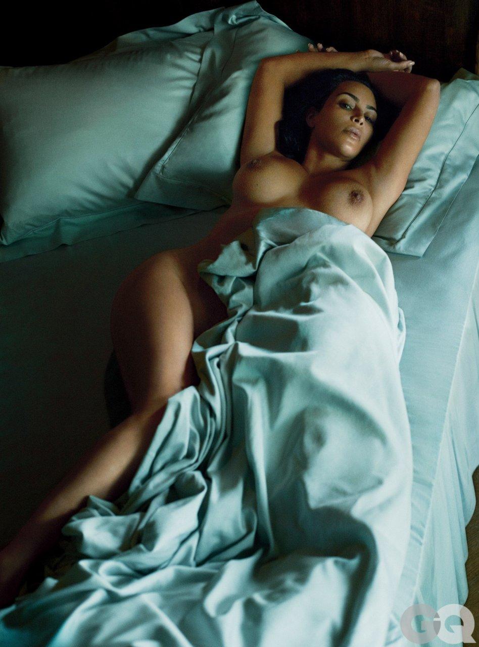 Kim Kardashian Topless