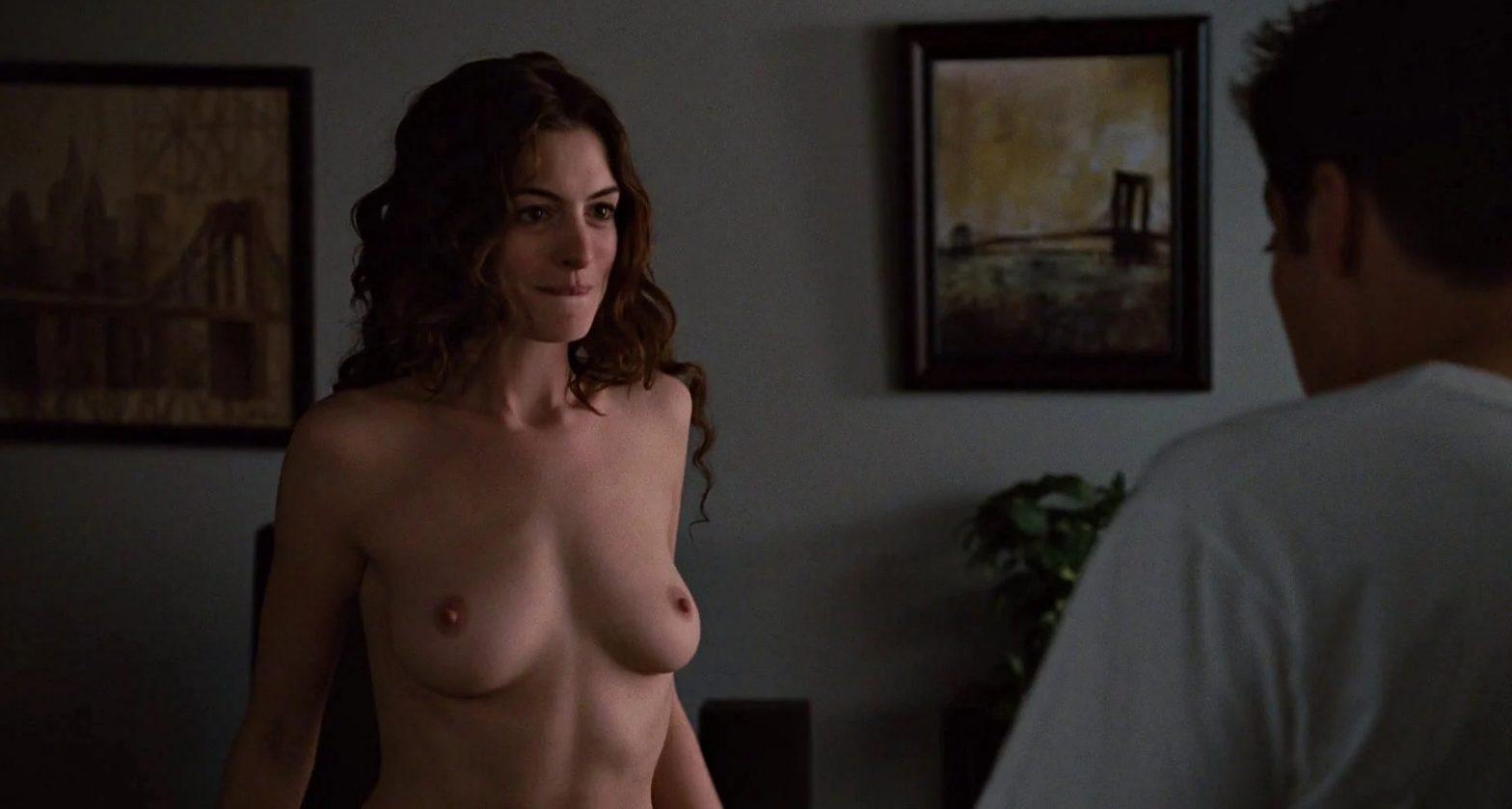 anne hathway topless