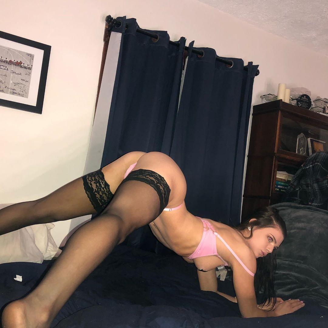 Nikki Peach nude leaks