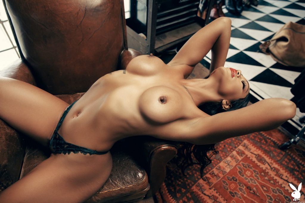 Naked Porn Pics